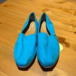 Toms W6 in Light Blue